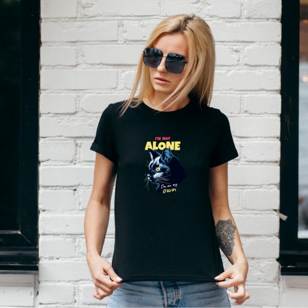 T-Shirt I am Not Alone – Gatto